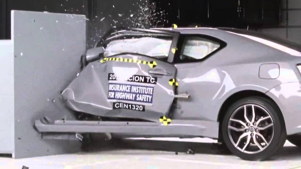 2011 2016 scion tc toyota zelas iihs narrow overlap crash test youtube