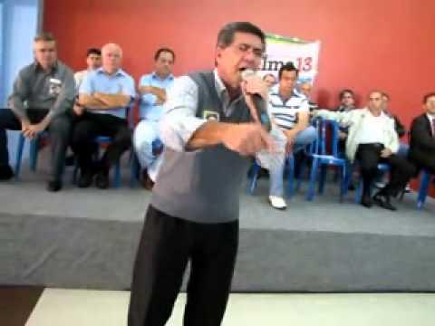 Hamilton diz porque votar em Dilma no 2º turno