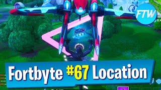 Fortnite Fortbyte #67 Location *Glitched Fortbyte* (Accessible by flying the Retaliator Glider)