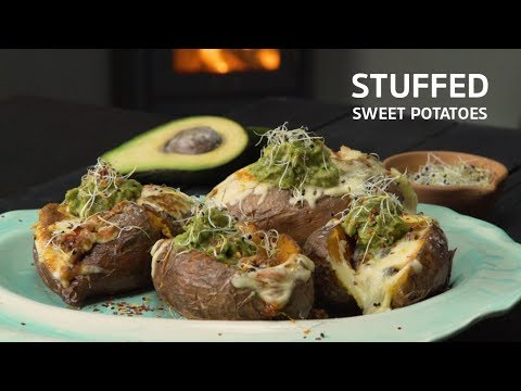 Chilli Con Carne Stuffed Sweet Potato