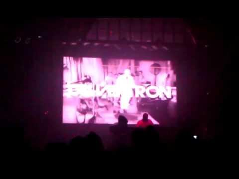 Calvertron playing Sub Focus Falling Down (XKore Remix)