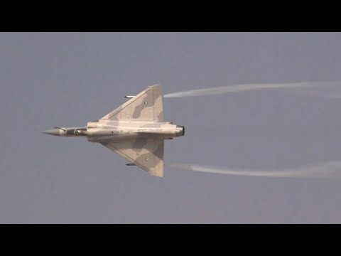 UAE Dassault Mirage 2000-9 Fighter Jet Flies at Dubai Airshow – AINtv