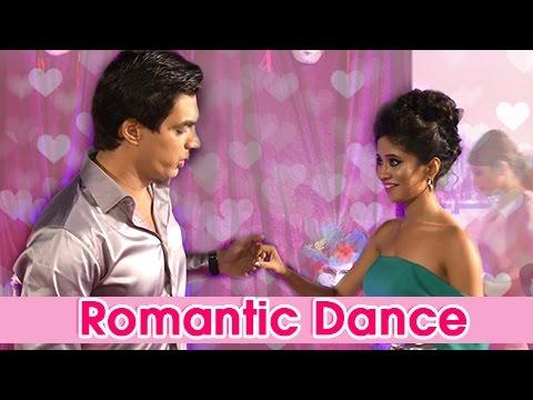 Naira Amp Kartik Romantic Dance On Ita Red Carpet