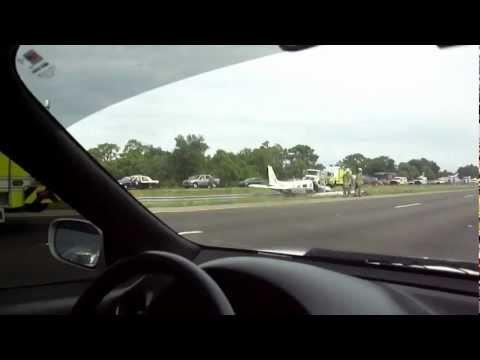 2004 Piper Saratoga II TC Forced To Make Emergency Landing Near Interstate 75.