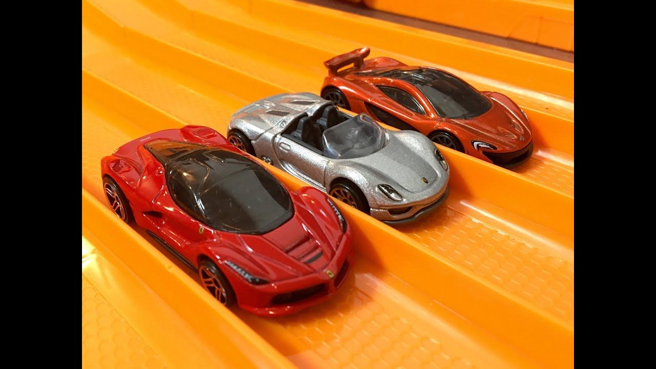 Race Ferrari Laferrari Vs Porsche 918 Spyder Vs Mclaren