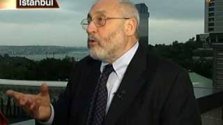 Stiglitz Sees Risk of `Big Bumps' in U.S. Economic Recovery