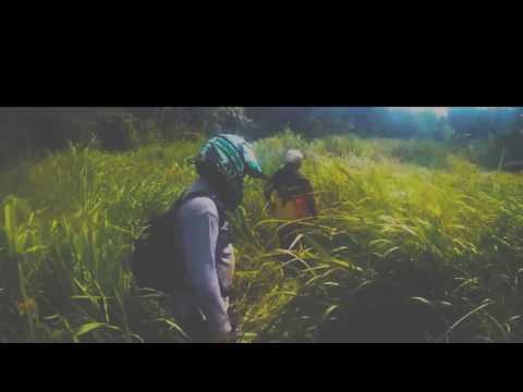 terekam orang telanjang di Aceh (suku mante}