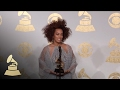 Solange Holding Grammy | Backstage | 59th GRAMMYs