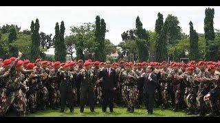TNI~Yel-Yel Kami Raja Hutan [KOPASSUS] , Kepung Presiden Jokowi..NKRI Harga Mati