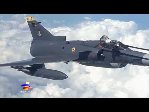 Espectacular reabastecimiento de aeronaves Kfir en pleno vuelo