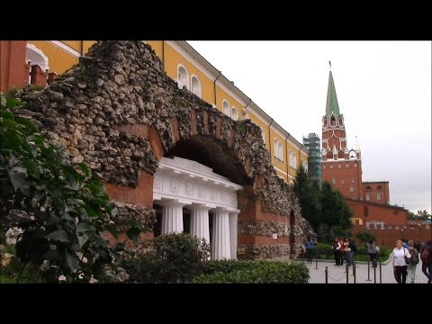 A walk in Moscow. Red Square. Alexander Garden. Moscow Kremlin. Russia 2016 Прогулка по Москве