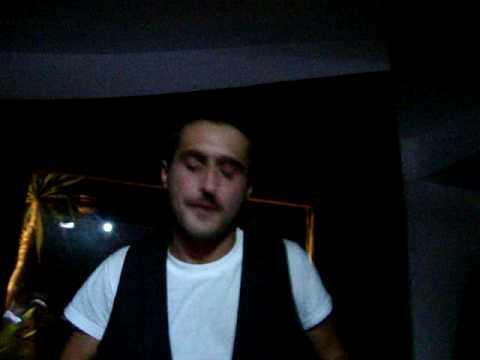 "Menage a Trois privè @ Skylight disco - 23/10/09 - Conf dj plays ""Hideaway"""