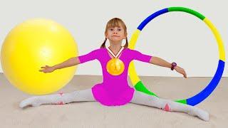 Alena y mamá hacen ejercicios matutinos y practican deportes