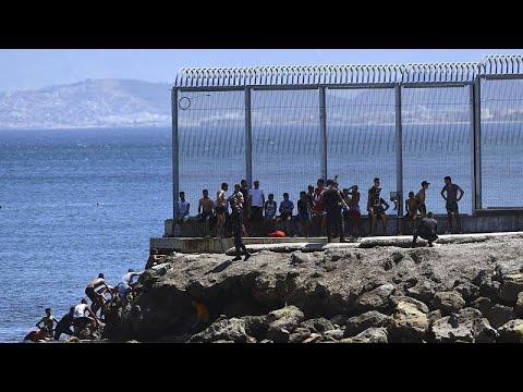 شاهد: ارتفاع عدد الواصلين إلى جيب سبتة الإسباني في يوم واحد إلى 5 آلاف مهاجر…  - نشر قبل 21 دقيقة