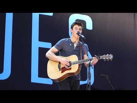 Shawn Mendes - Thinking Out Loud (Ed Sheeran Cover) (The 1989 World Tour, Vancouver)