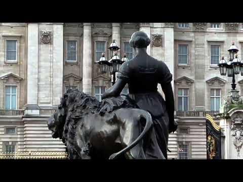 Changing the Guard at Buckingham Palace London