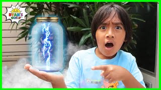 How to Make Lighтning In a Bottle DIY Science Experiments for kids!