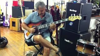 Prova del Swing bass Tuscany Di Felice Del Gaudio da Borsari Strumenti Musicali