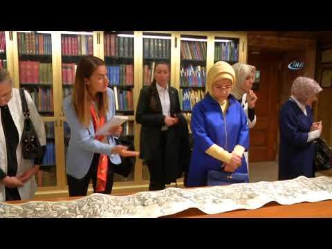 Emine Erdoğan New York Halk Kütüphanesi'ni Ziyaret Etti