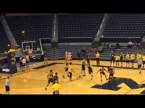 Michigan Basketball Open Practice Final Possession