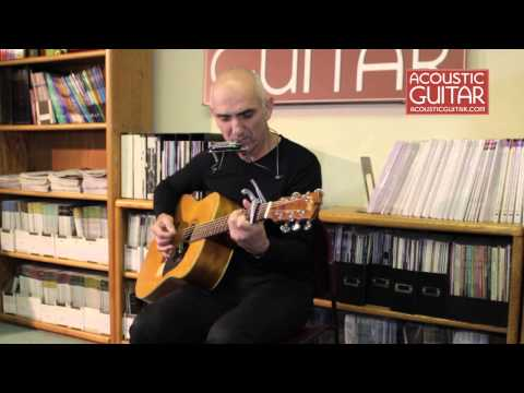 Paul Kelly Performs Live at the Acoustic Guitar Office