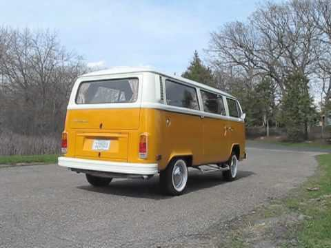 1977 VW Automatic Bus Start-Up, Drive By and Walk Around