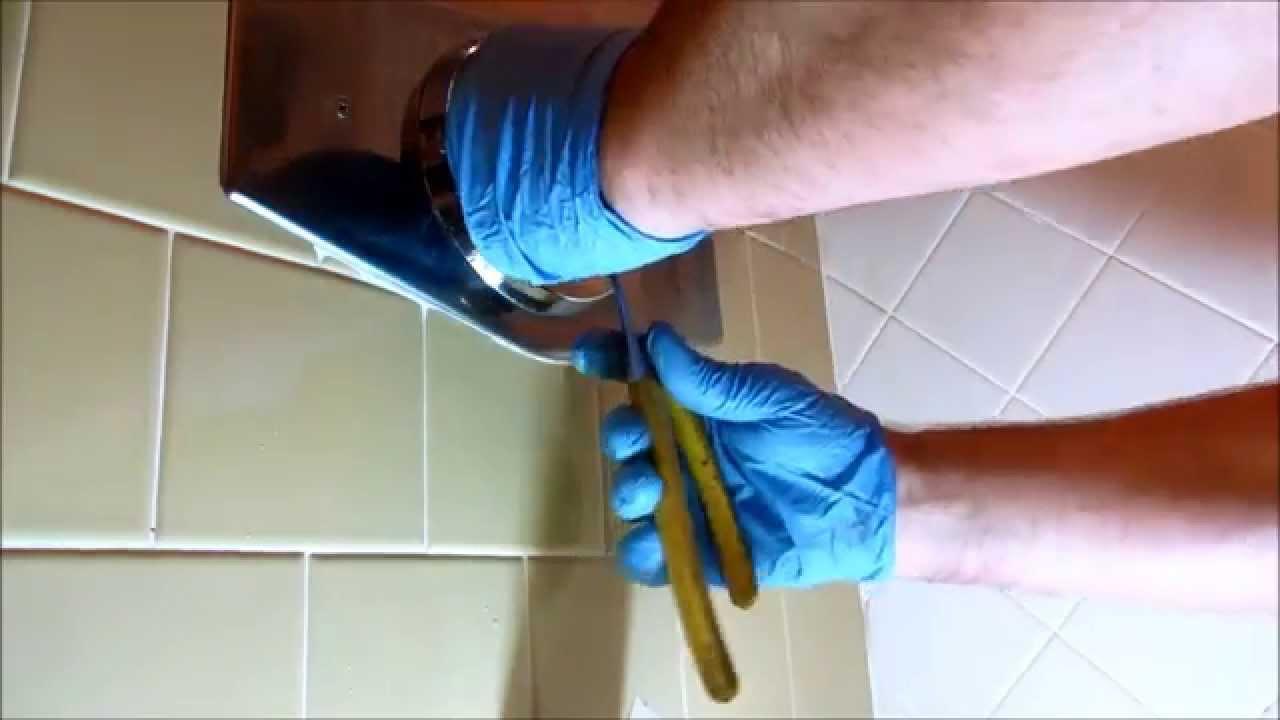 plumbing simmons tub/shower valve leaking in wall - YouTube