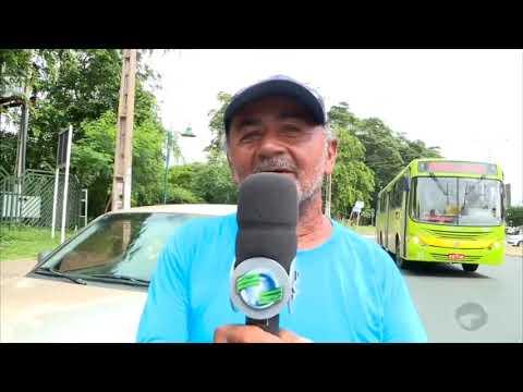Buraco na rua São Pedro está causando transtornos