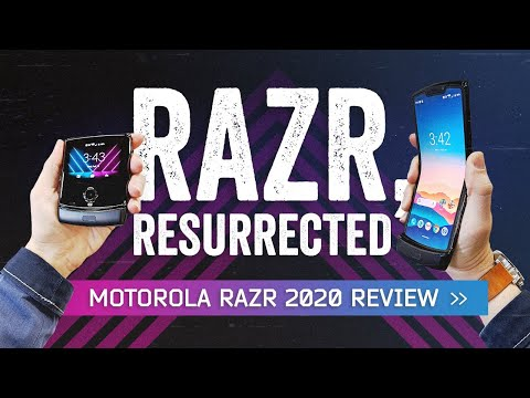 Motorola RAZR Review: 2004 Is Back (For Better Or Worse)