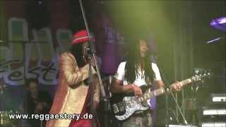 Alpha Blondy - 1/4 - Jerusalem + Rainbow In The Sky /Jah Rastafari - Reggae Jam 2015
