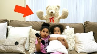 GIANT TEDDY BEAR SCARE PRANK!!! (REAL FUNNY)