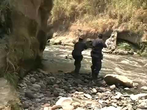 Police chasing gang members in El Salvador
