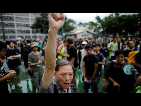 محتجو هونغ كونغ يستعدون لتجمع حاشد الأحد لإثبات شعبيتهم بعد انتقادات مظاهرة المطار  - نشر قبل 3 ساعة