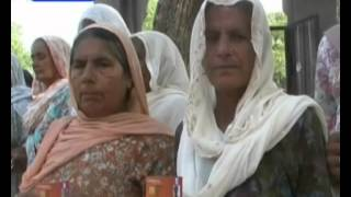 Old Women In Punjab Humiliated Because of No Old Age Pension