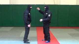 ОМОН. Видео рубрика по самообороне и боевому самбо. Урок 2.(Прием задняя подножка., 2013-05-24T05:16:41.000Z)