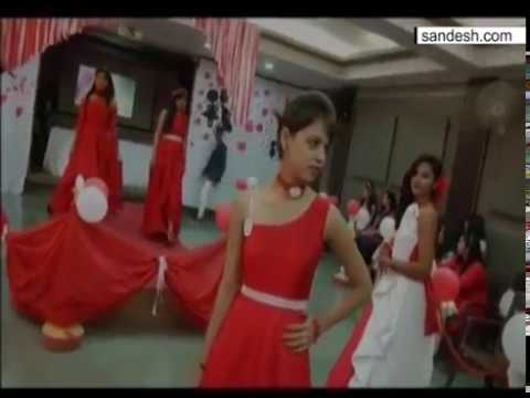 Valentines day fashion show 33