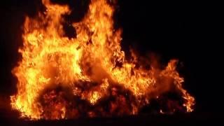 огонь горит-все что сгорит то не сгниёт