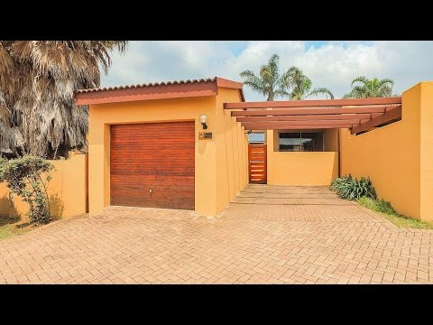 3 Bedroom Townhouse to rent in Gauteng | Johannesburg | Sandton And Bryanston North | B |