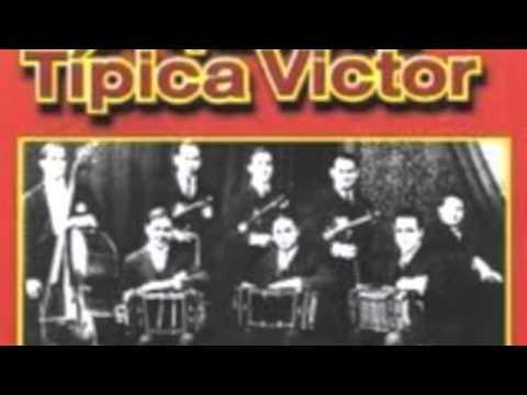 "Orquesta Tipica Victor , ""Amor Cobarde"", canta Alberto Gomez."