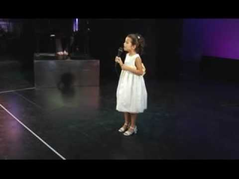 Somewhere Over The Rainbow at age 7 sung by Isabela Moner