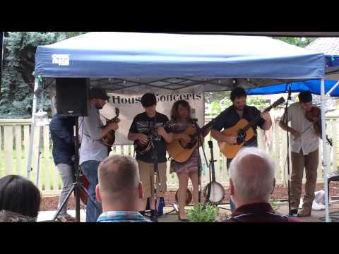 Eli Slocumb & Front Country at Old Town House Concerts.