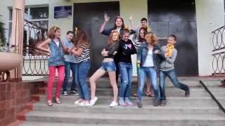 Женщина, я не танцую:)