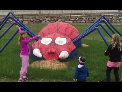 HUGE Pumpkin Halloween Spider-man Family Fun Playtime Thomas the Tank Engine