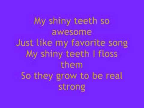 My Shiny Teeth and Me - Chip Skylark lyrics