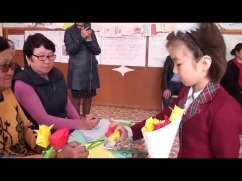 Обзор книги:Книжка с окошками: Мамы и малыши | РУБРИКА Играем и читаем вместе!