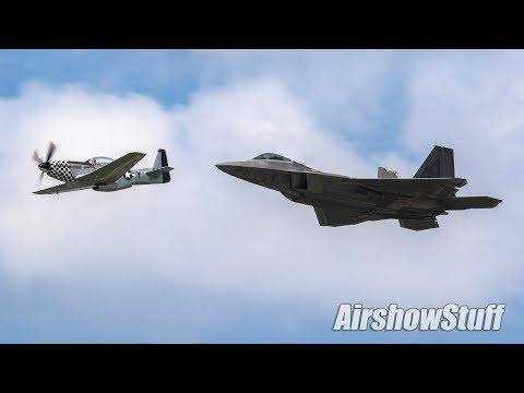 F-22 Raptor and P-51 Mustang Formation (Heritage Flight) - Terre Haute Airshow 2018