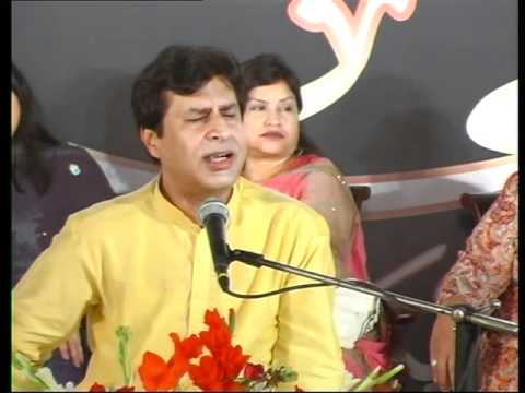 TARIQ SUBZWARI IN KG MUSHAIRA , APRIL 2011.mp4
