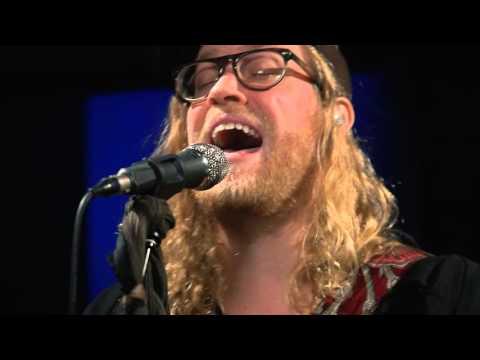 Allen Stone - American Privilege (Live on...