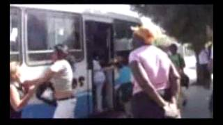 Video sobre pelea por abordar omnibus en Camagüey,Cuba