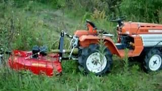 Mini traktorek ogrodniczy Kubota B1200 z kosiarką. www.traktorki-japonskie.waw.pl